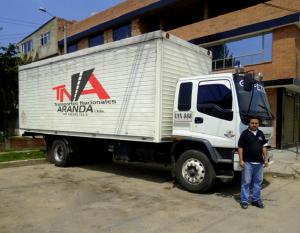 08 300x233 Transporte de mercancias por carretera